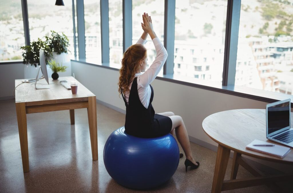 Simple Office Exercises to Keep You Moving